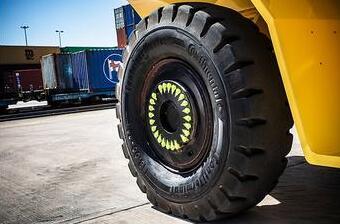 马牌携专用轮胎参加集装箱展