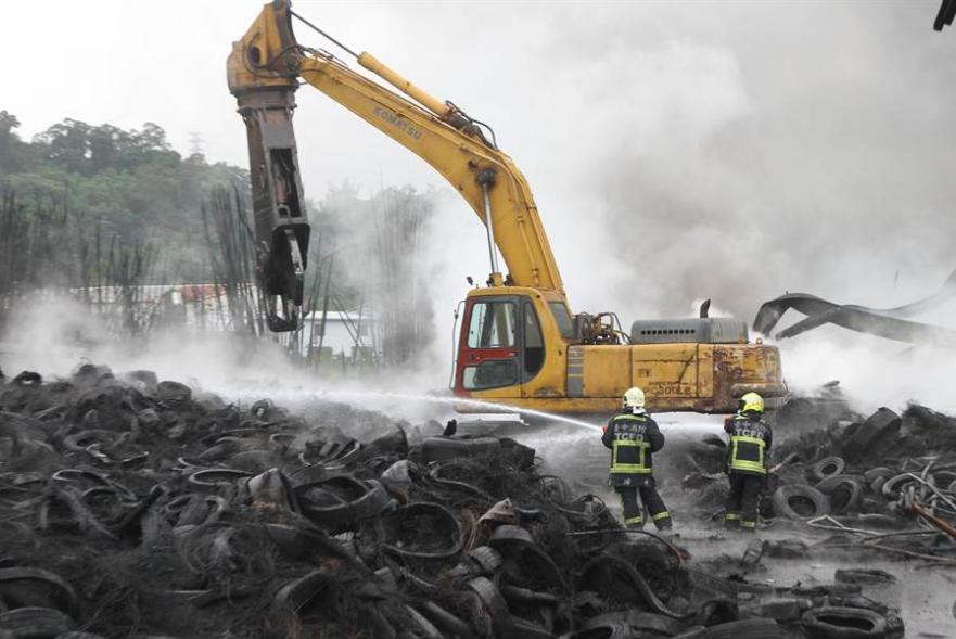 牌照拆卸螺丝一轮胎厂连续着火 被强制停工
